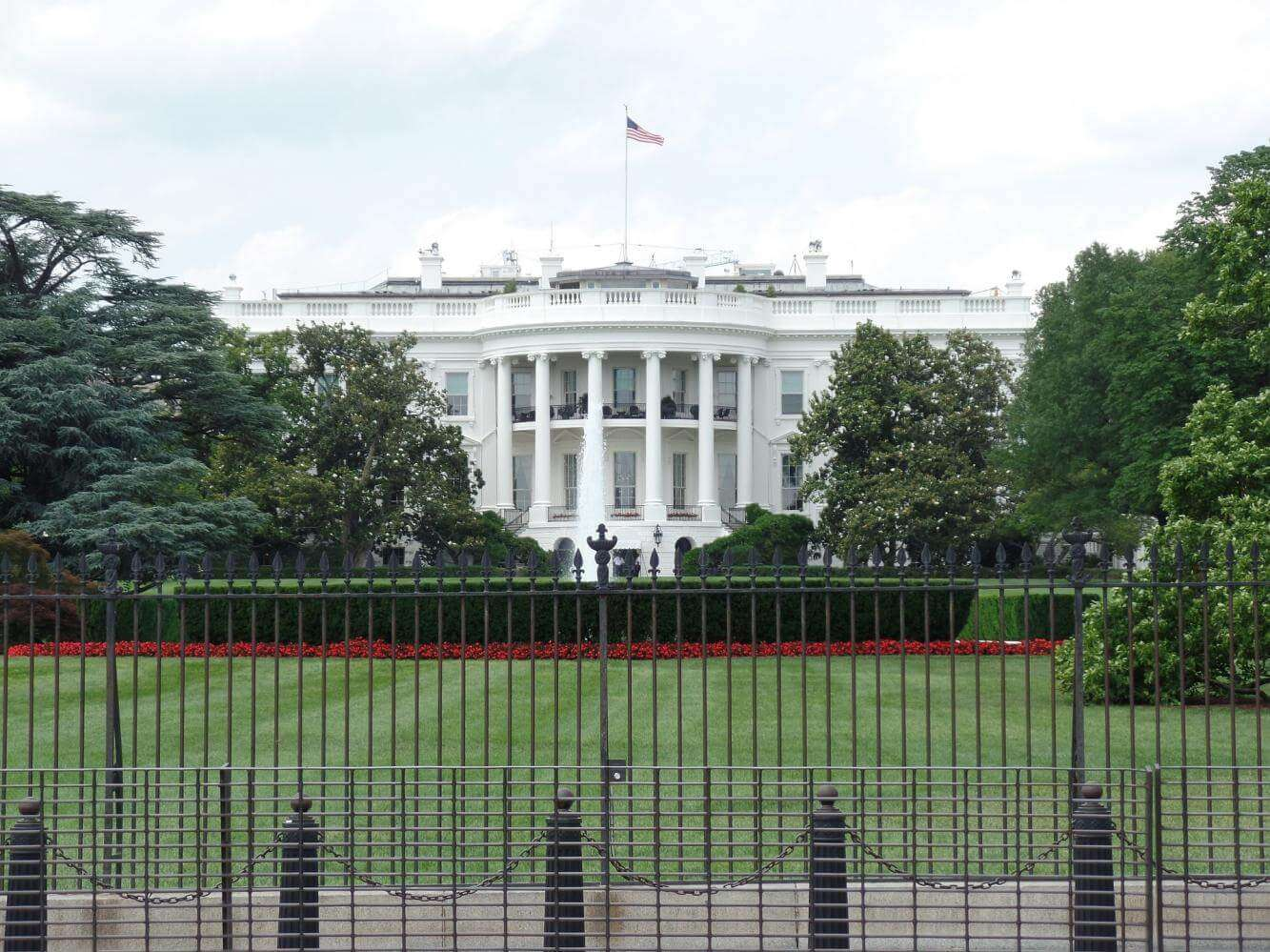 Restricted Area sign on the White House's fence